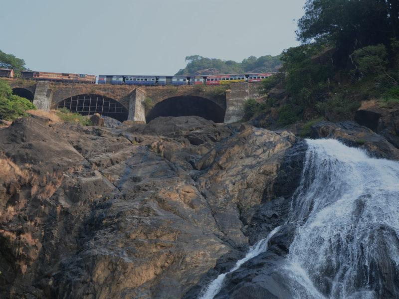 Vasco Da Gama-Londa route - Paytm Travel
